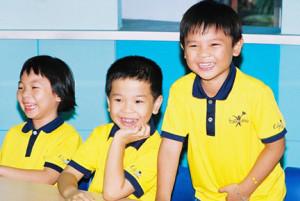 fastrackids, rèn luyện kỹ năng sống, giúp trẻ suy nghĩ tích cực, tiếng cười là liều thuốc vô giá cho trẻ