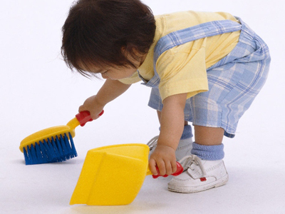 your-3-1-2-year-old-starting-chores-1