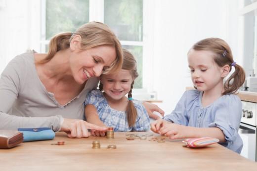 dạy trẻ tiết kiệm tiền