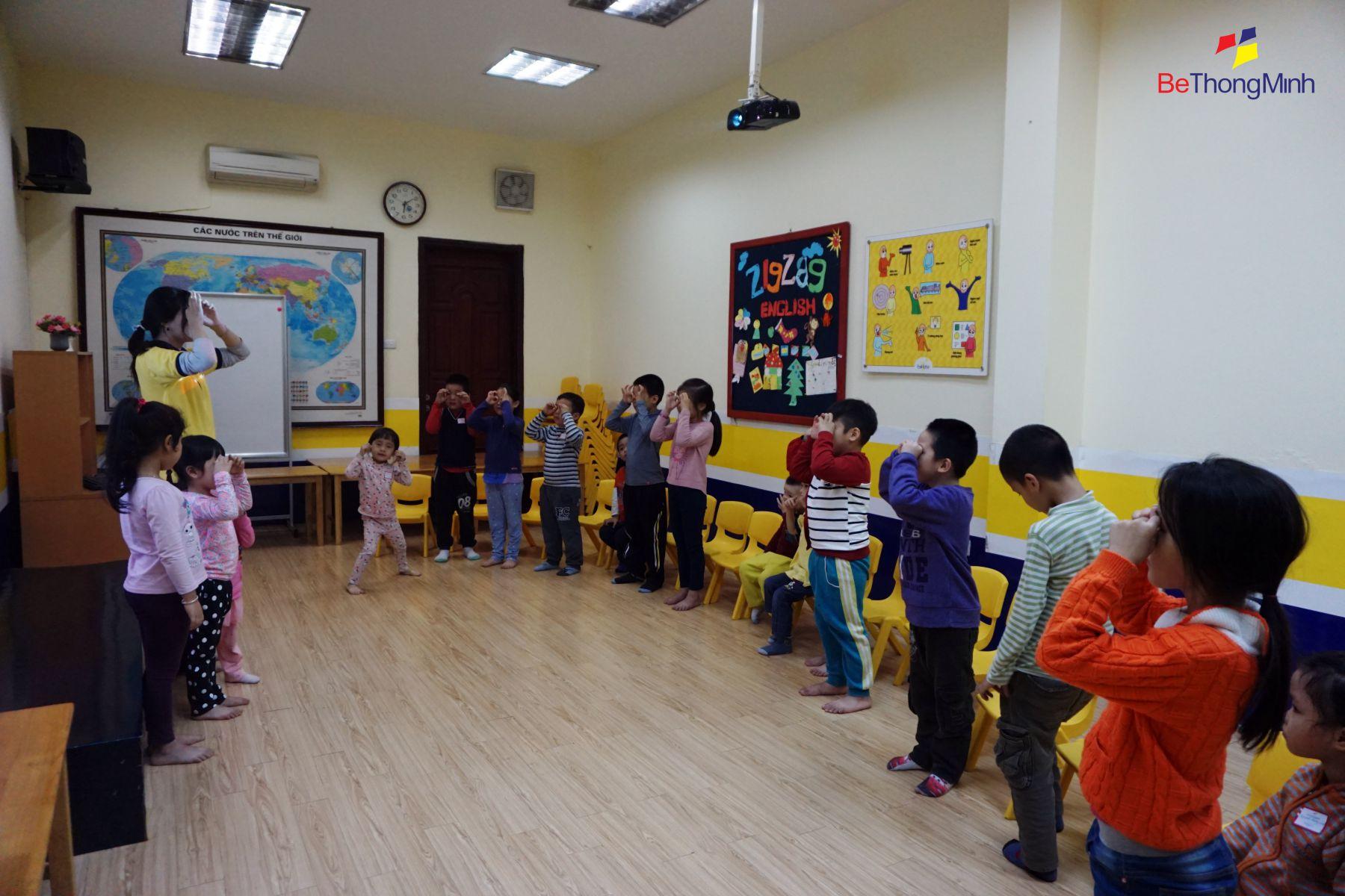 ngoại khóa dạy trẻ bảo vệ bản thân