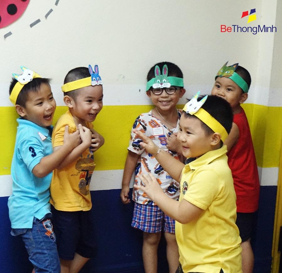 những đứa trẻ suy nghĩ tích cực luôn vui vẻ