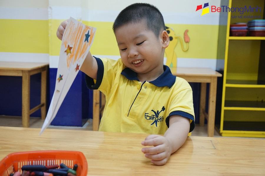 trẻ 3 tuổi phát triển về mặt xã hội