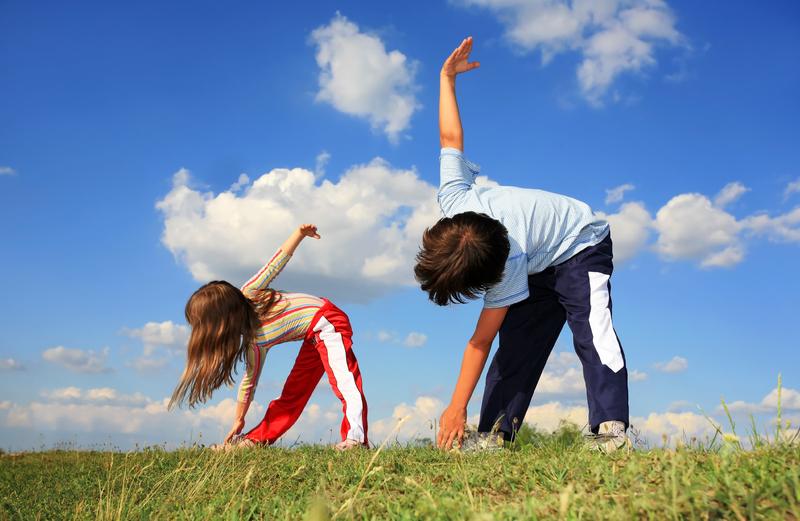 dạy con thông minh bằng việc cho con tập thể dục