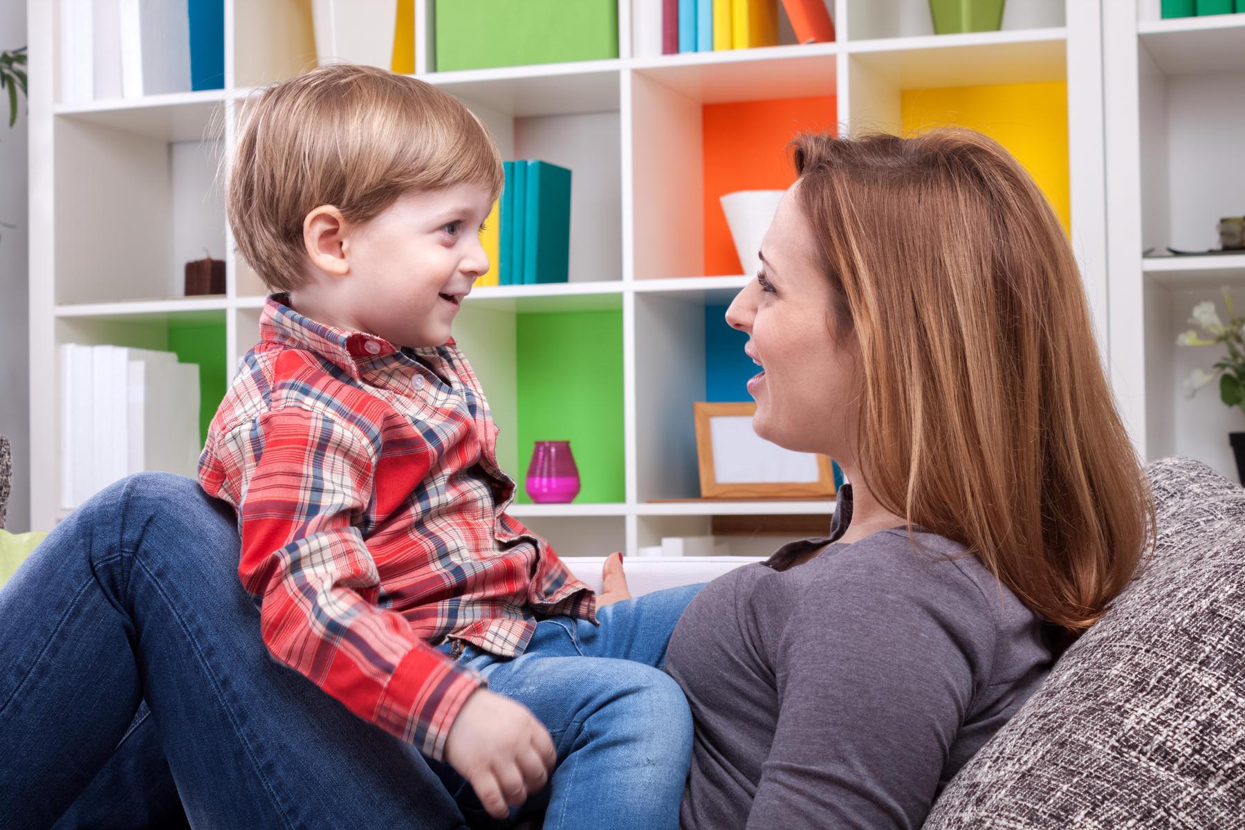 giao tiếp để xây dựng tốt mối quan hệ giữa cha mẹ và con cái