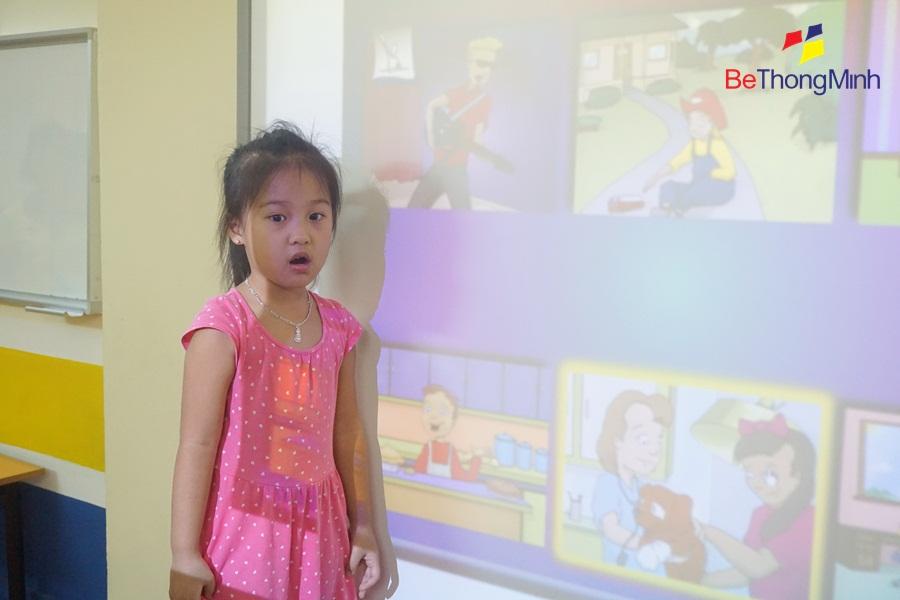 Khánh Linh rất thích học FasTracKids