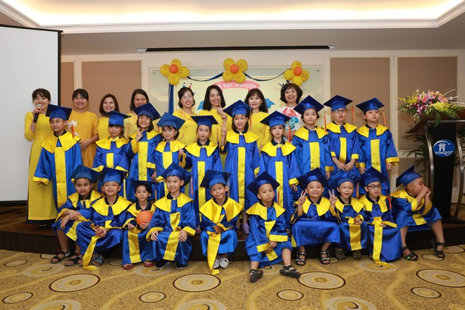 Lễ Tốt nghiệp FasTracKids 2019