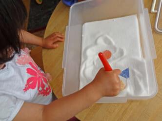 dạy hình dạng cho trẻ